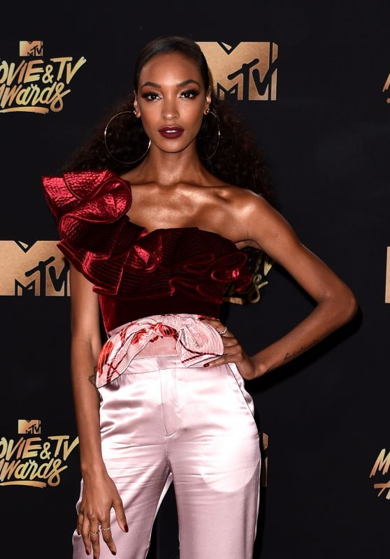 Jourdan Dunn – MTV Movie and TV Awards in Los Angeles 05/07/2017