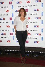 "Julie De Bona – ""Just One Look"" TV Show Photocall in Paris 05/11/2017"