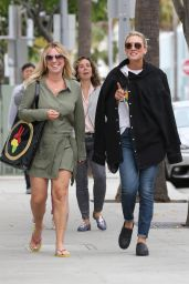 Kaley Cuoco Street Style - Beverly Hills 05/25/2017