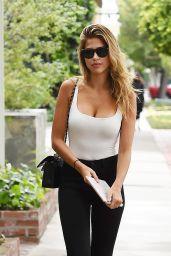 Kara Del Toro Street Fashion - Los Angeles 05/10/2017