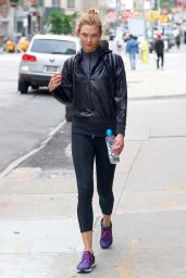 Karlie Kloss - Heading From the Gym After a Memorial Day Workout in NYC 05/29/2017
