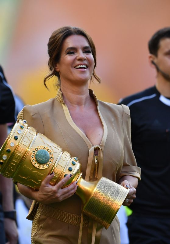 Katarina Witt - German Football Cup Final in Berlin 05/27/2017