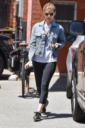 Kate Mara - Leaving Ballet Bodies in Los Angeles 05/18/2017