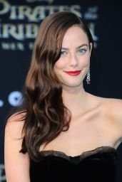 """Kaya Scodelario – """"Pirates of the Caribbean: Dead Men Tell no Tales"""" Premiere in Hollywood 05/18/2017"""