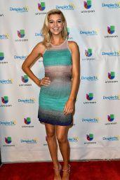 Kelly Rohrbach - Appeared on Despierta America in Miami 05/12/2017