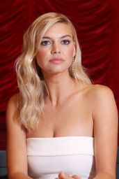 "Kelly Rohrbach - ""Baywatch"" Press Conference in South Beach Miami 05/14/2017"