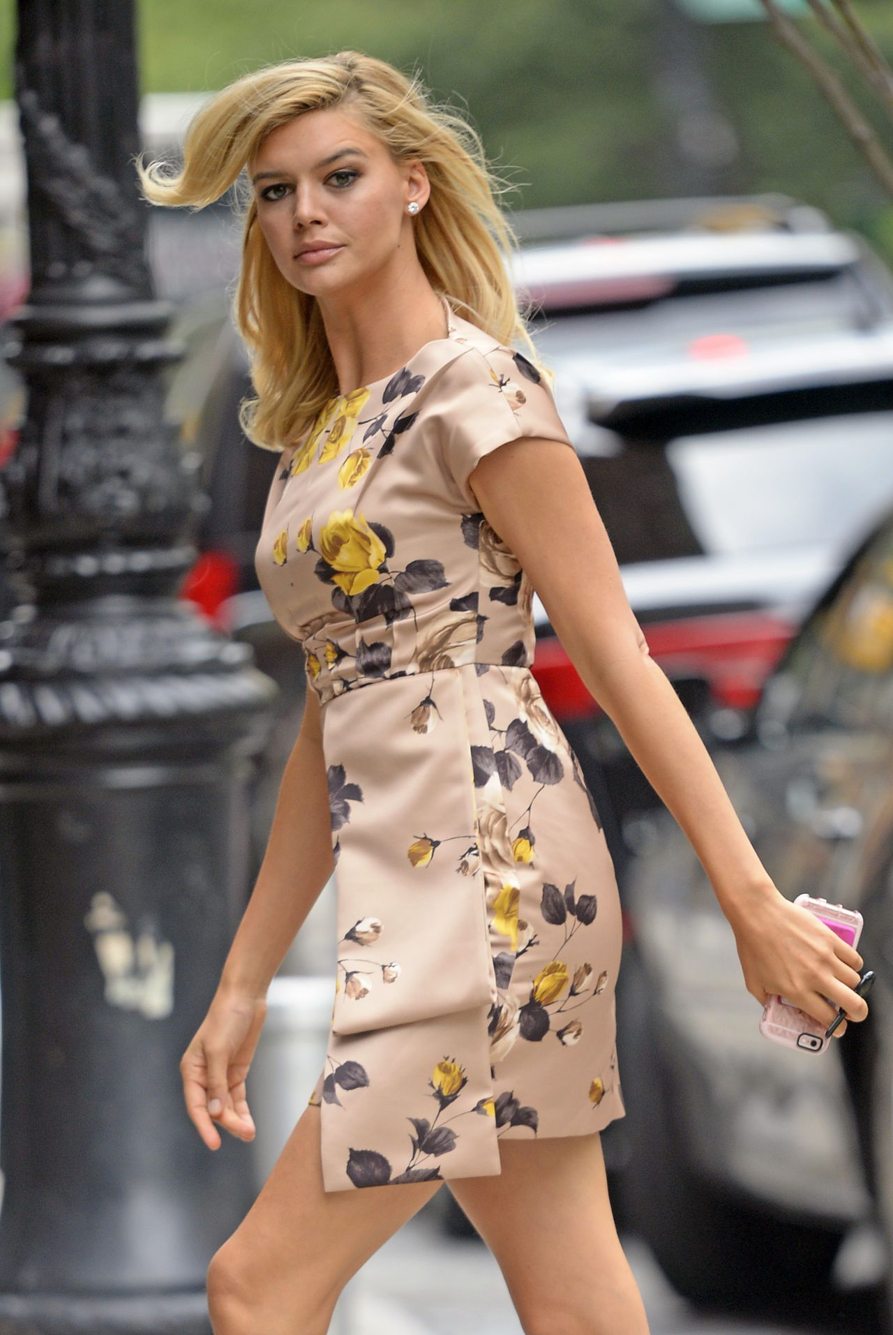 Kelly Rohrbach Style Arriving Back At Her Hotel In Nyc