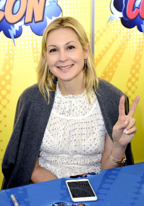 Kelly Rutherford at German Comic Con, Munich 05/27/2017