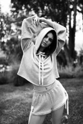 "Kendall Jenner – ""Kendall + Kylie"" DropTwo Collection 2017"