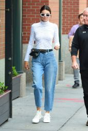 Kendall Jenner - Running Errands in NYC 05/31/2017