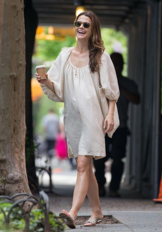 Keri Russell - Out in NYC 05/08/2017
