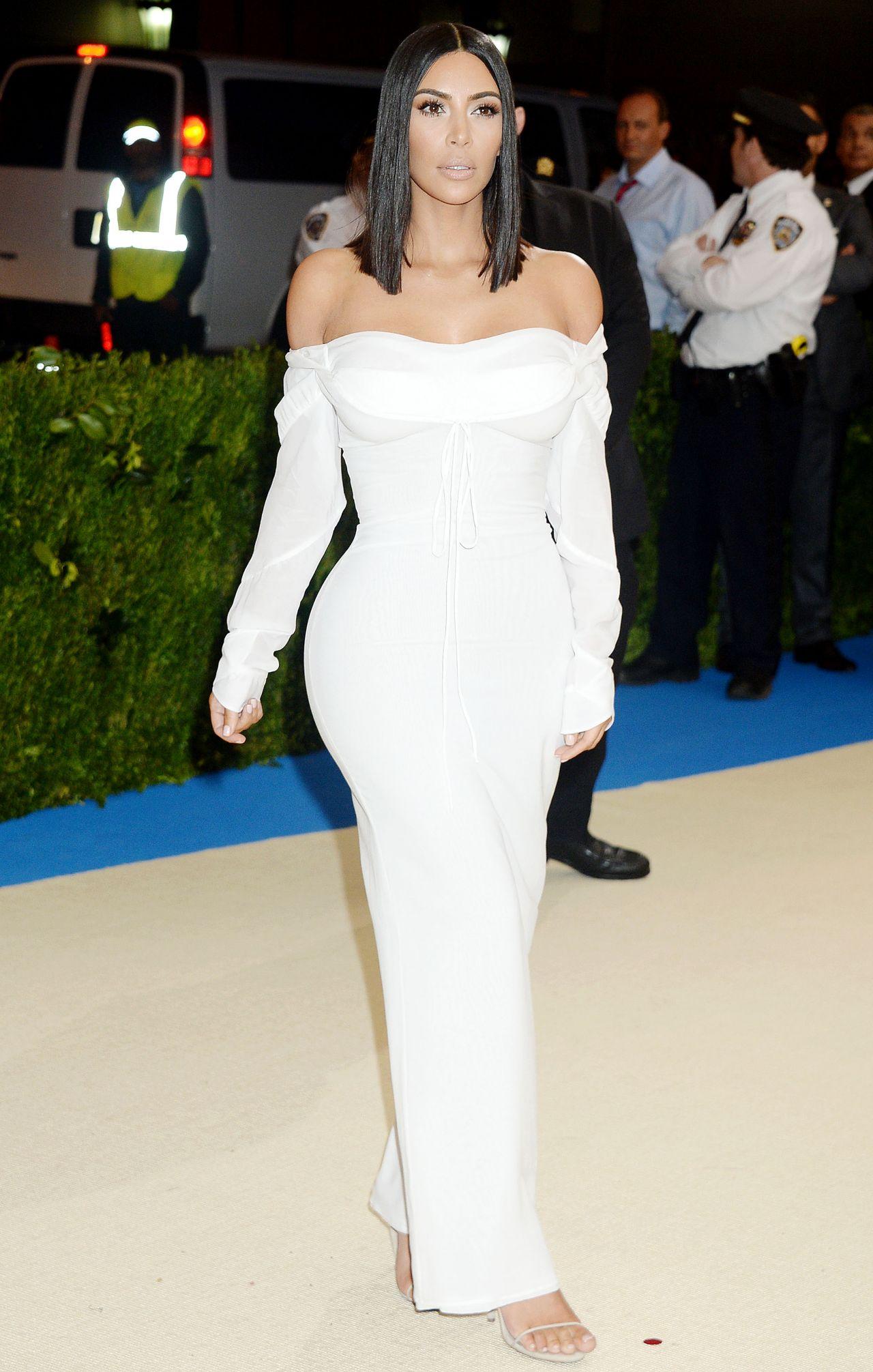 Kim Kardashian at MET Gala in New York 05/01/2017 Kim Kardashian