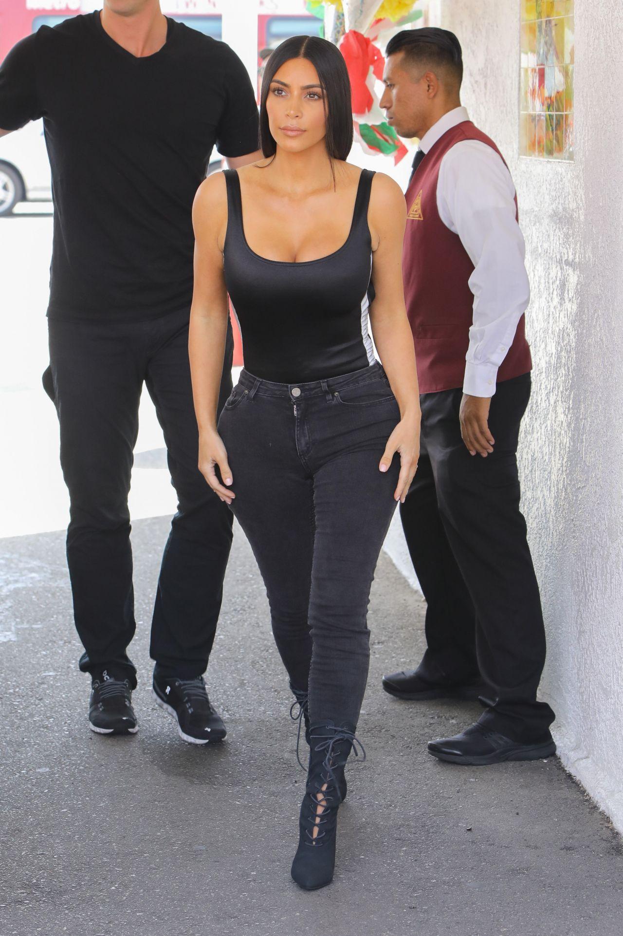 Kim Kardashian Cinco De Mayo At Casa Vega In Los Angeles 05 05 2017