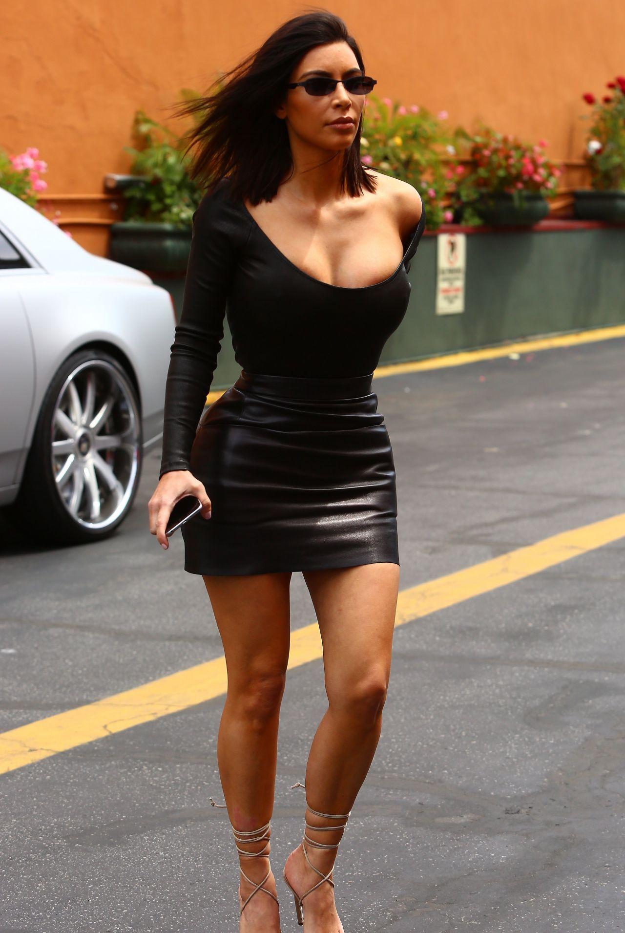 Kim Kardashian in Skintight Black Outfit - Arrives to Film ... Kim Kardashian