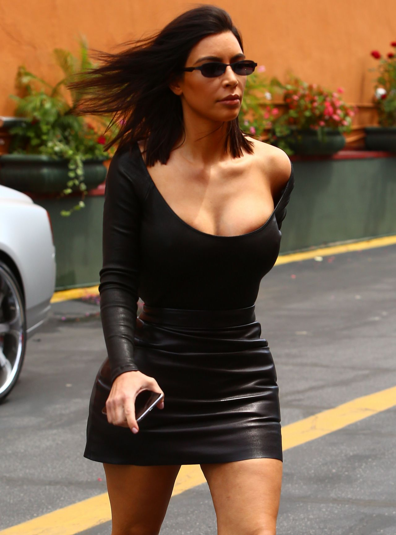 Kim Kardashian In Skintight Black Outfit Arrives To Film