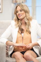 "Kimberly Wyatt – ""Lorraine"" TV Show in London 05/10/2017"