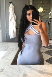 Kylie Jenner Social Media Pics 05/27/2017