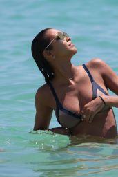 Lais Ribeiro in a Bikini - Miami Beach 05/27/2017
