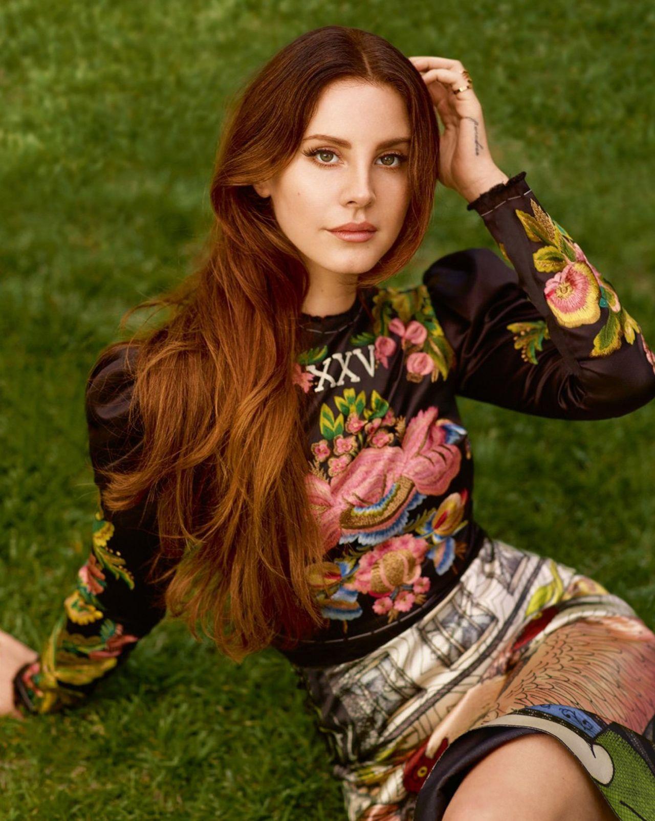 Lana Del Rey Elle Uk Magazine June 2017 Photos