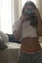 Lexee Smith Social Media Pics 05/27/2017