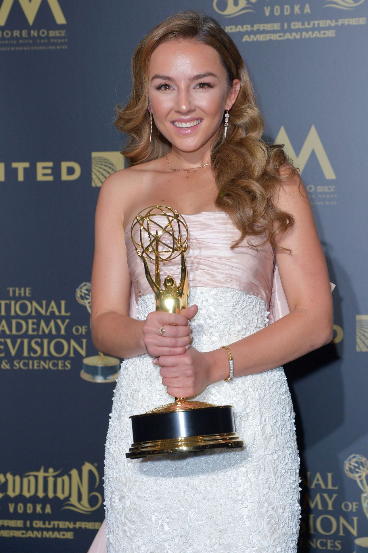 Lexi Ainsworth – Daytime Emmy Awards in Los Angeles 04/30/2017