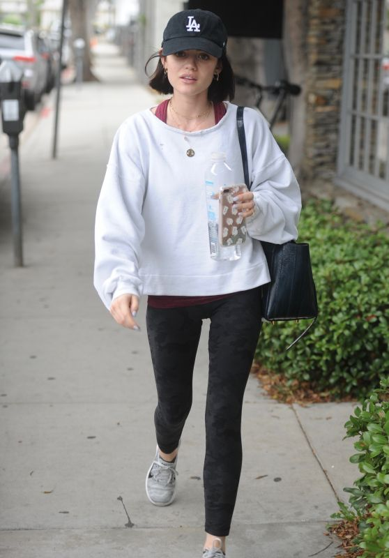 Lucy Hale in Spandex - Heading to the Gym in Los Angeles 05/11/2017