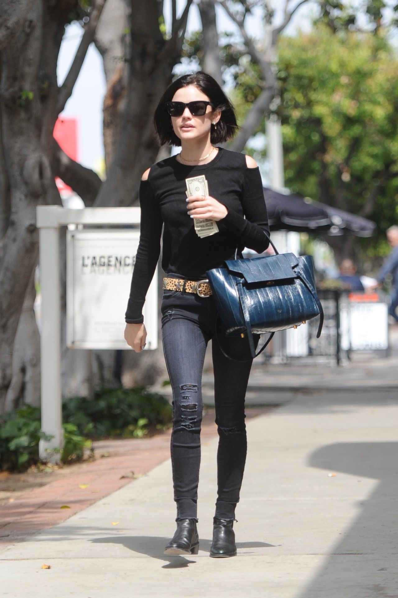 Lucy Hale Outfit Ideas Shopping On Melrose Place Ca 05