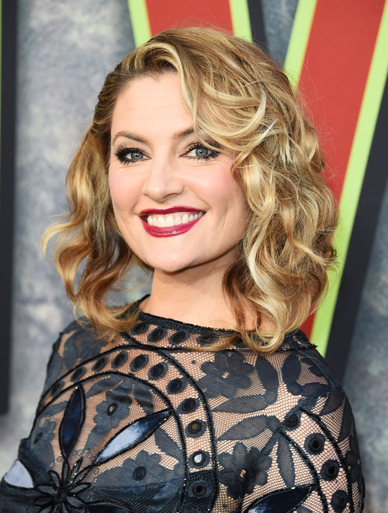 Madchen amick showtime 39 s twin peaks premiere in los for Kinderzimmermobel madchen