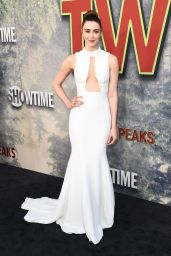"Madeline Zima – Showtime's ""Twin Peaks"" Premiere in Los Angeles 05/19/2017"