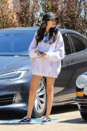 Madison Beer in the Parking Lot in Malibu, CA 05/27/2017