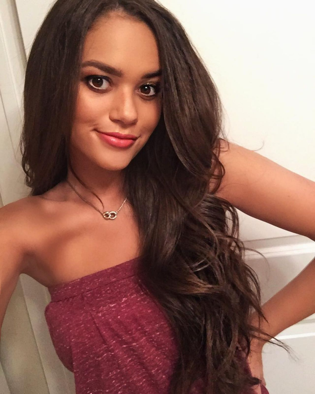 madison pettis 2017 with straight hair - photo #20