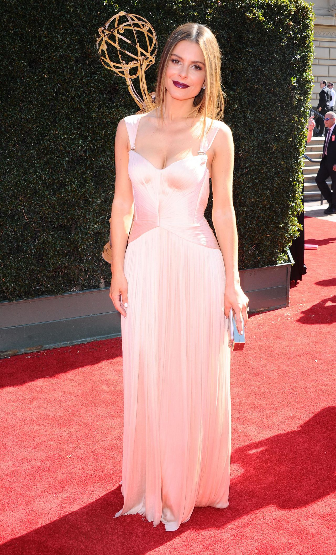 Maria Menounos– Daytime Emmy Awards in Los Angeles 04/30/2017