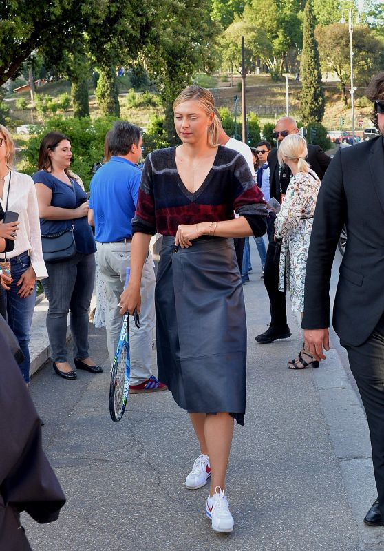 Maria Sharapova Street Style - Rome, Italy 05/14/2017