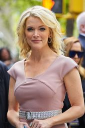 Megyn Kelly Style - Departing NBC Studios in NYC 05/14/2017
