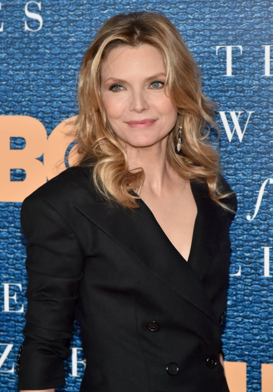 "Michelle Pfeiffer - ""The Wizard of Lies"" Screening in New York City 05/11/2017"