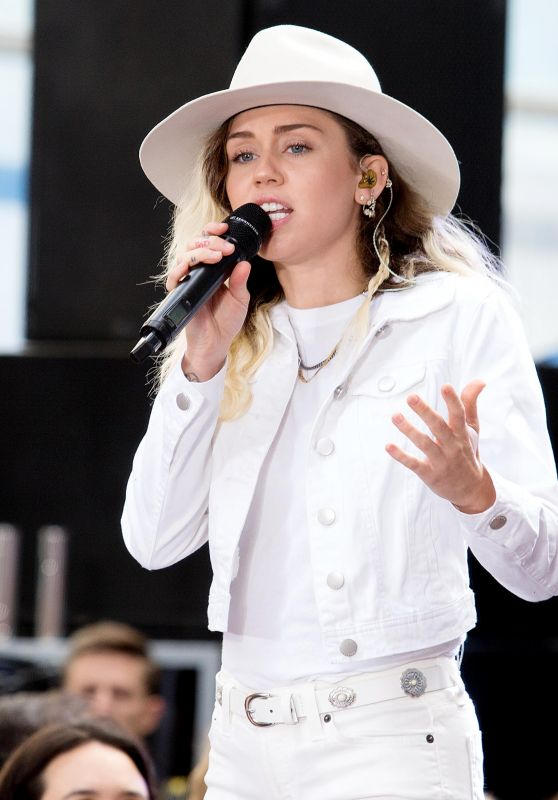 "Miley Cyrus Performs Live - NBC ""Today"" Show in New York 05/26/2017"
