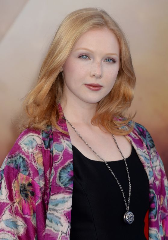 "Molly Quinn – ""Wonder Woman"" Movie Premiere in Los Angeles 05/25/2017"