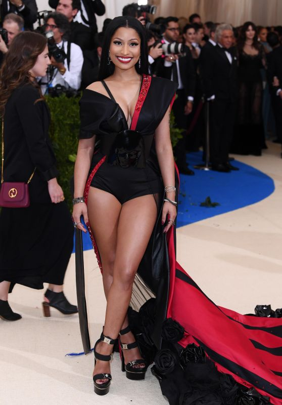 Nicki Minaj – Rei Kawakubo/Comme des Garcons: Art Of The In-Between Costume Institute Gala in New York 05/01/2017