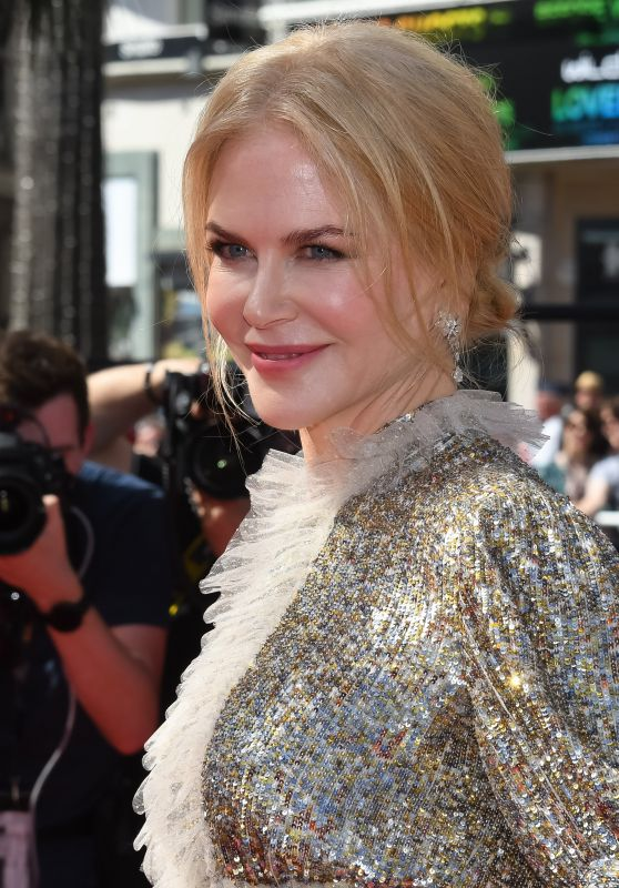 "Nicole Kidman on Red Carpet – ""How to Talk to Girls at Parties"" Premiere in Cannes 05/21/2017"