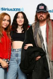 Noah Cyrus - SiriusXM Studios in New York City 05/25/2017