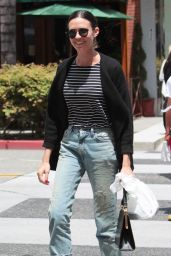 Odette Annable Casual Style - Lunches With a Friend at La Scala in Beverly Hills 05/08/2017