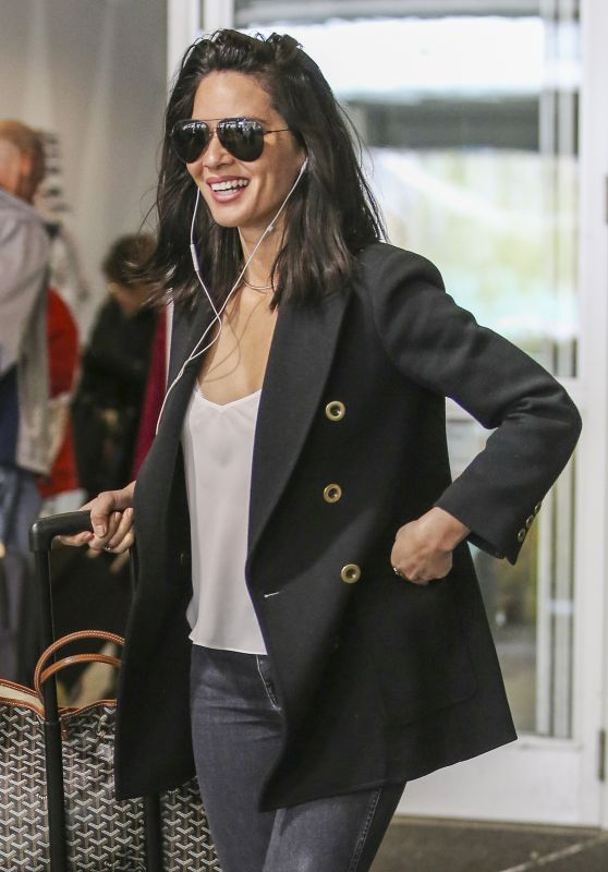 Olivia Munn Travel Outfit - Arrives Back in Vancouver to Continue Filming 05/01/2017