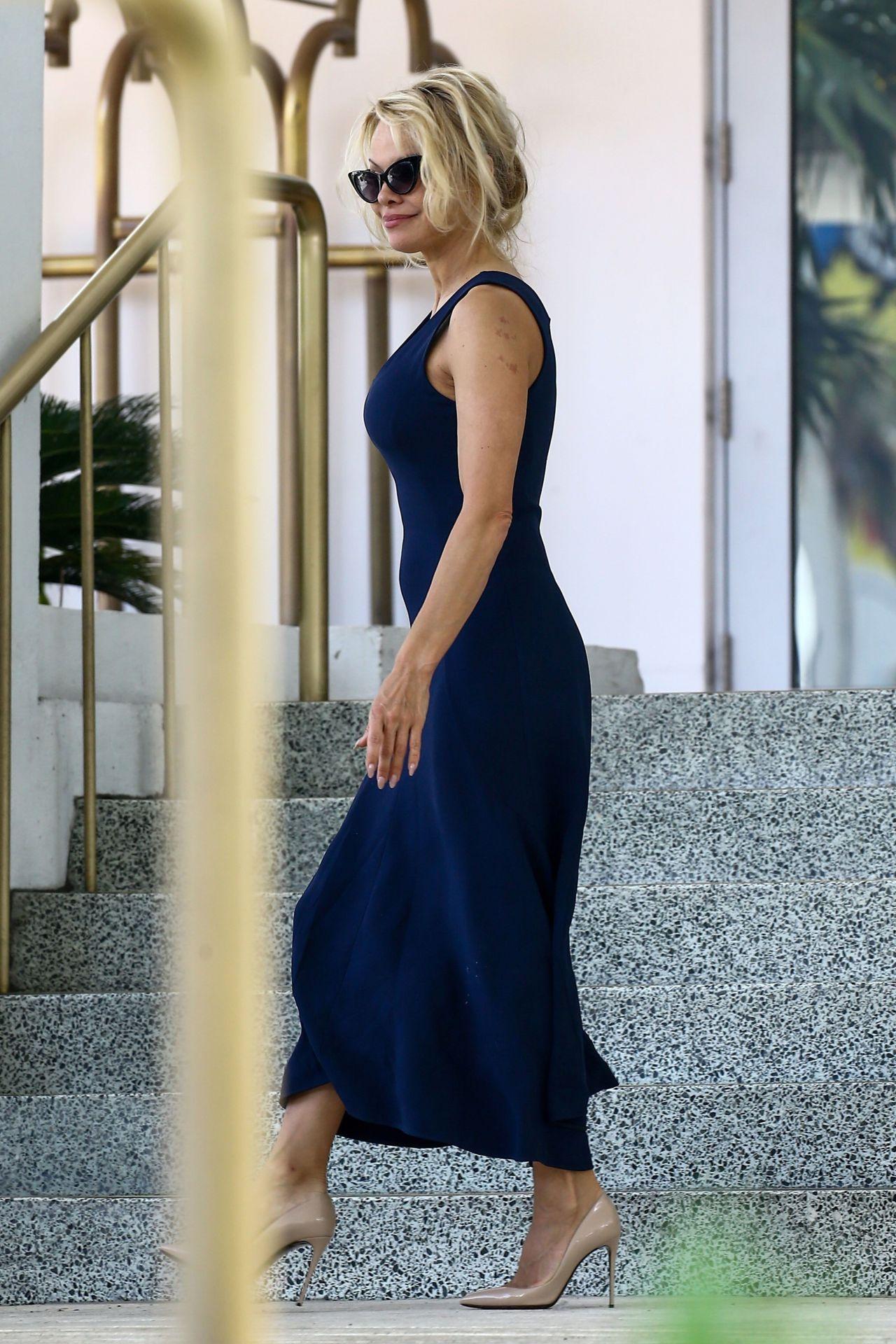 pamela anderson 2017 vogue - photo #7