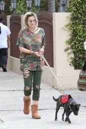 Paris Jackson - Out in Los Angeles 05/08/2017
