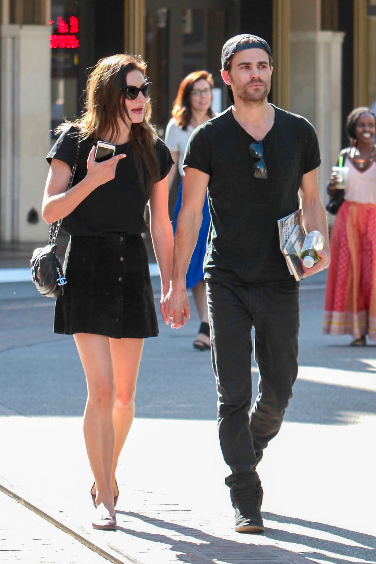 Phoebe Tonkin Stock Pictures, Royalty-free Photos & Images ... |Thomas Mcdonell And Phoebe Tonkin