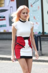 Pixie Lott Chic Street Style - London, UK 05/07/2017
