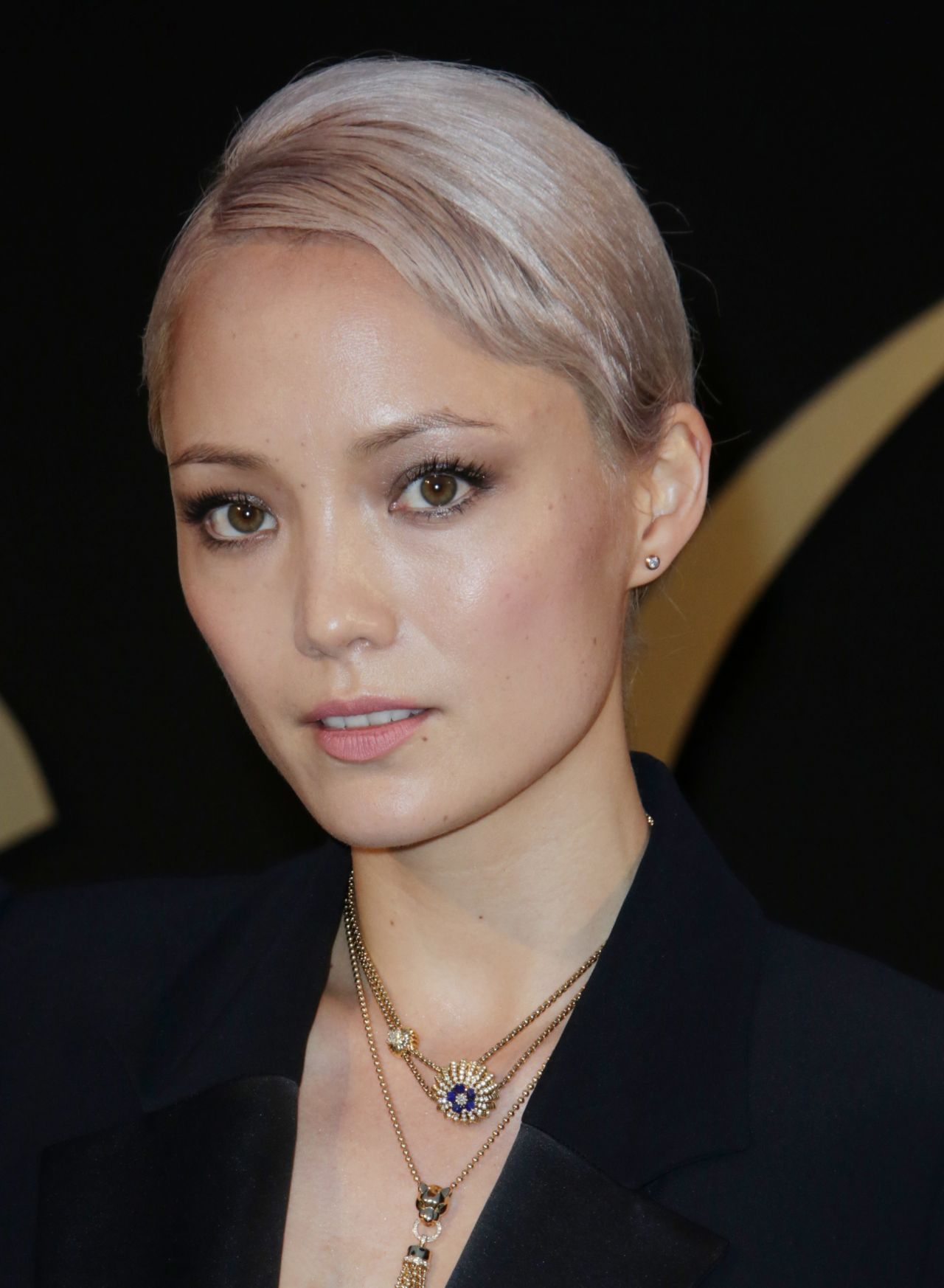 galaxy 05 with Pom Klementieff Panthere De Cartier Watch Launch La 05052017 764834 on 136327 besides Cover 0 3 Galaxy S7 Edge 1 additionally Instagram Redesigns Logo Reveals Minimal New Look furthermore Fonds Decrans additionally 72277179.