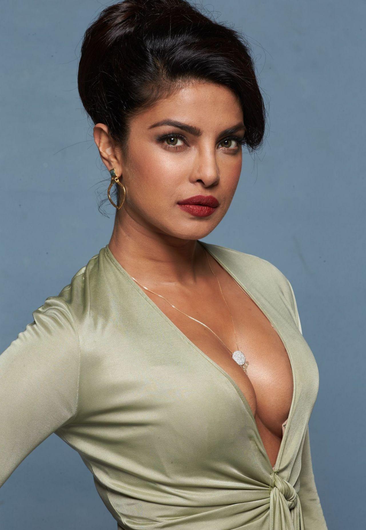 Priyanka Chopra - Baywatch Promoshoot 2017-5046
