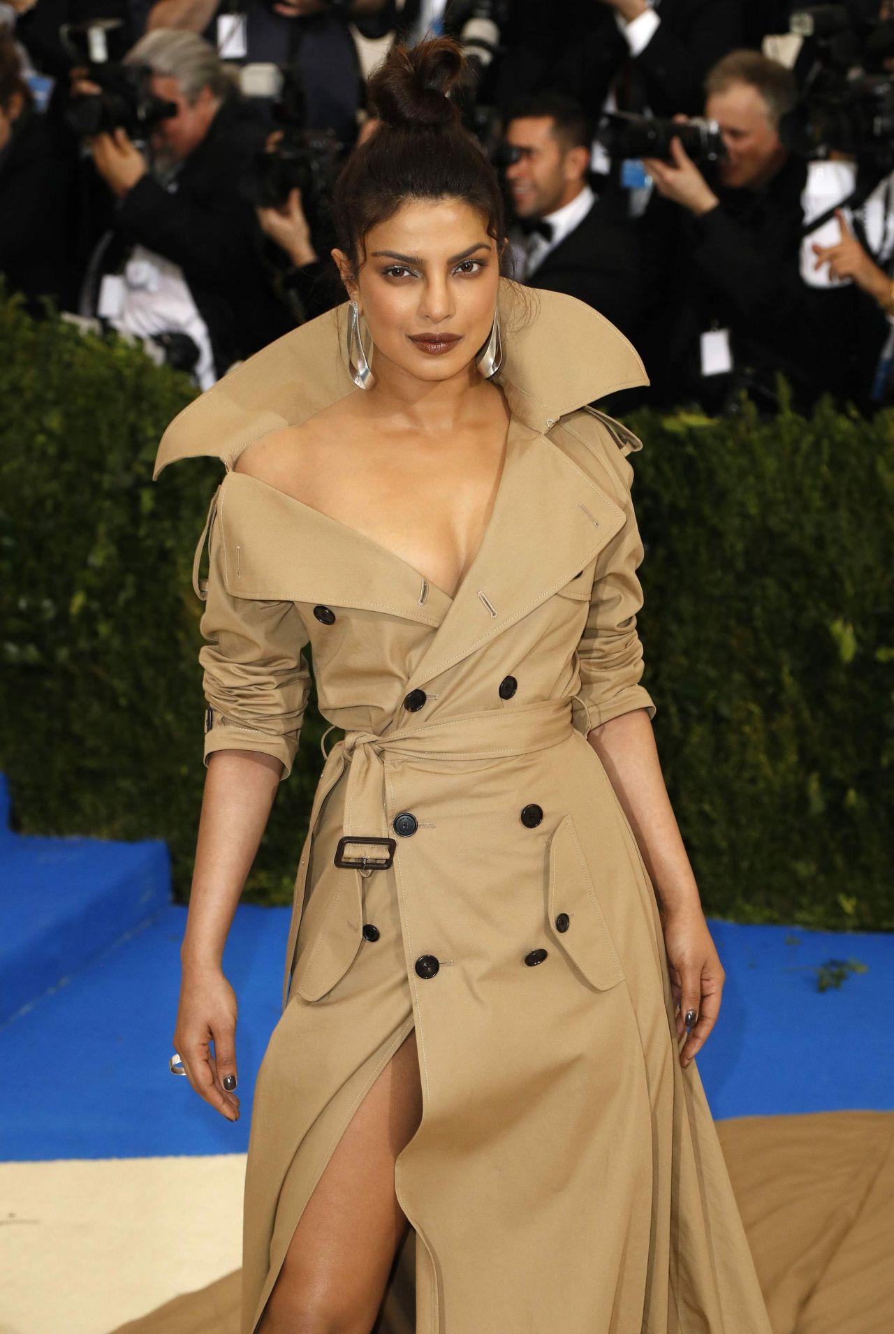 Priyanka Chopra Met Gala At The Metropolitan Museum Of