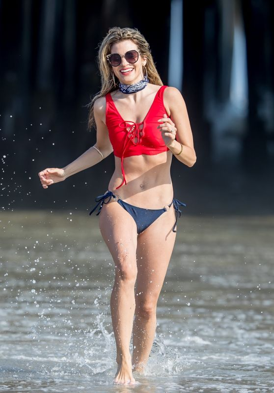 Rachel McCord Shows Off Her Bikini Body - Santa Monica Beach 05/28/2017